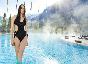Znáte saunový dress code? Do horka můžete v kiltu i klobouku