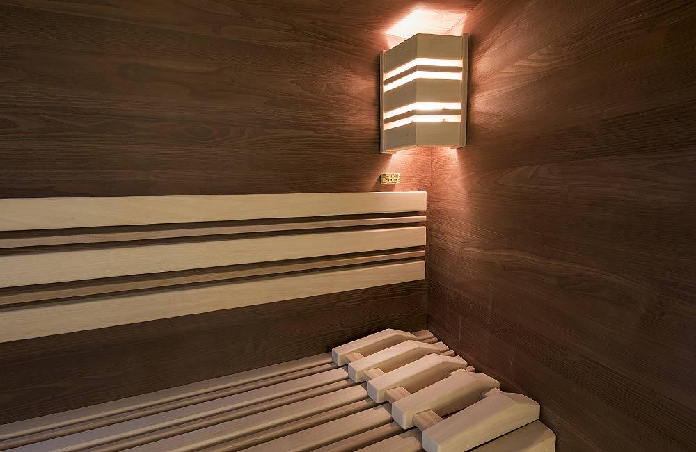 V sauně je důležité i světlo, protože i to pomáhá léčit a dokáže ovlivnit naši psychickou pohodu