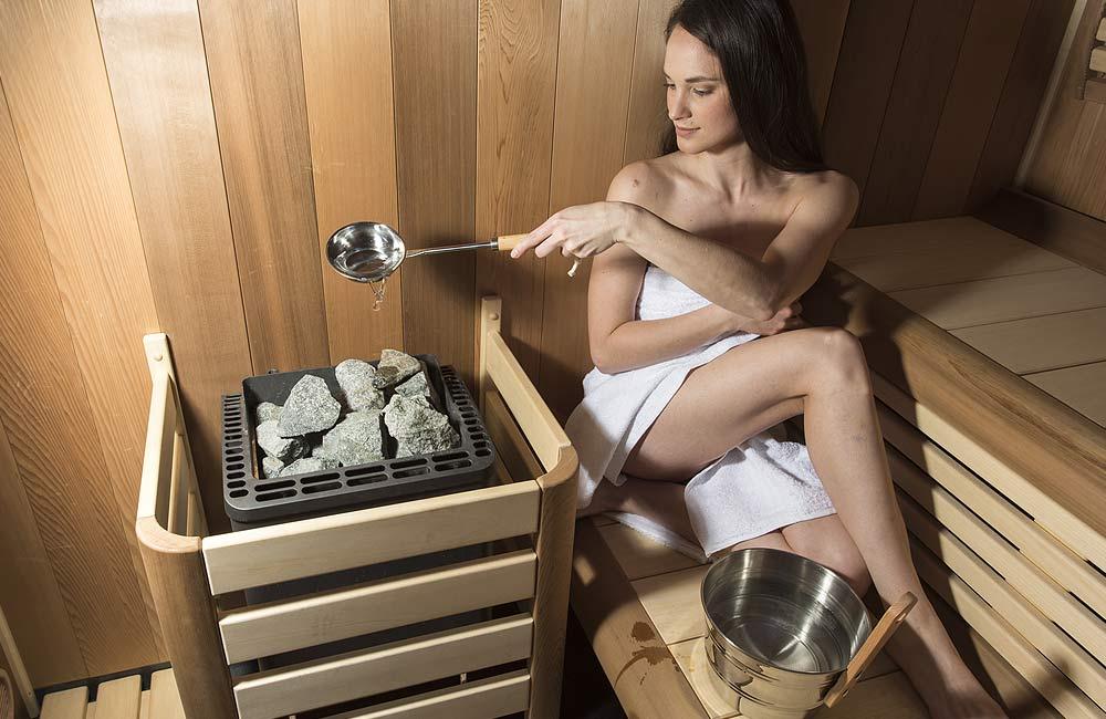Saunová kamna se saunovými kameny